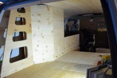 Bulli-Camper-Ausbau-innen