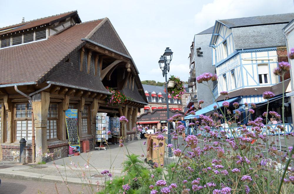 Markthalle von Etretat